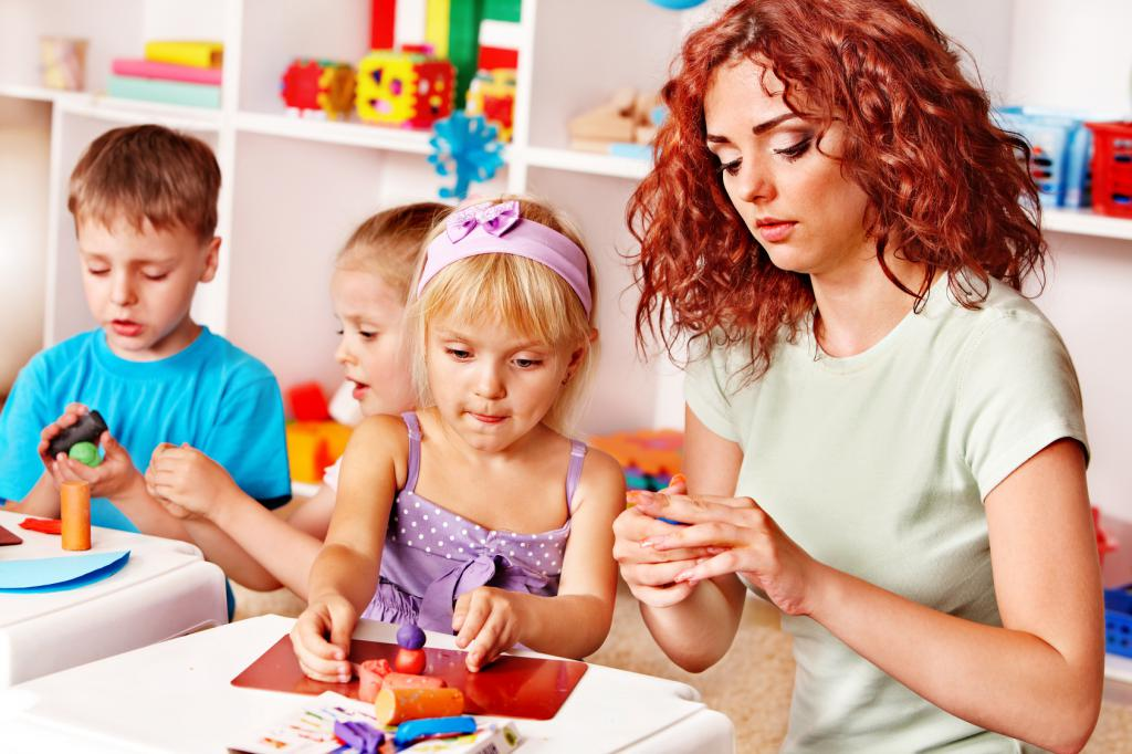 Чем занять ребенка: игрушки из пластилина