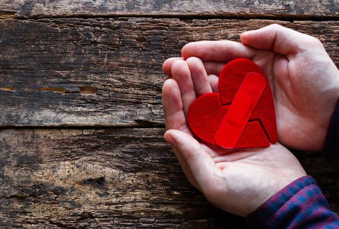 Как он разобьет ваше сердце в зависимости от знака Зодиака