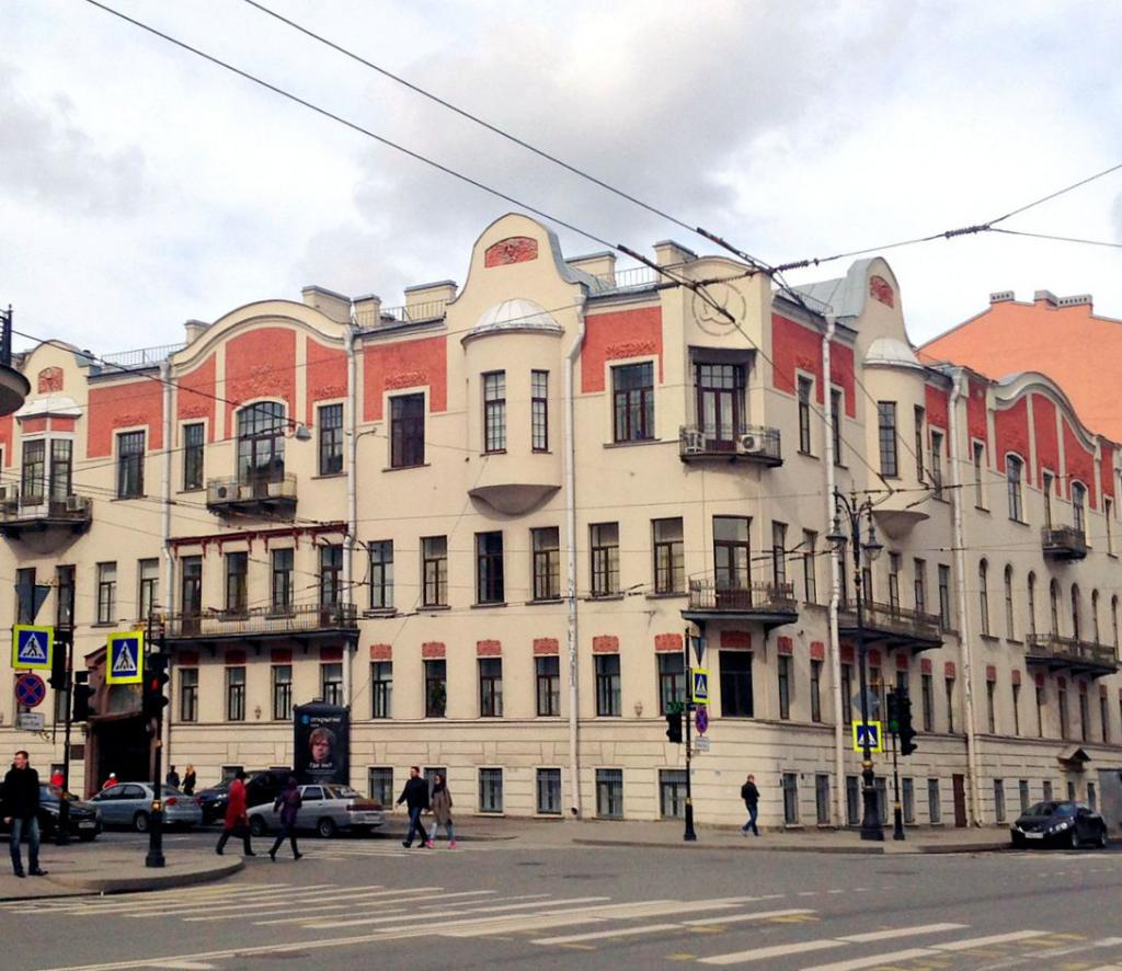 Лучшие экономические вузы Санкт-Петербурга