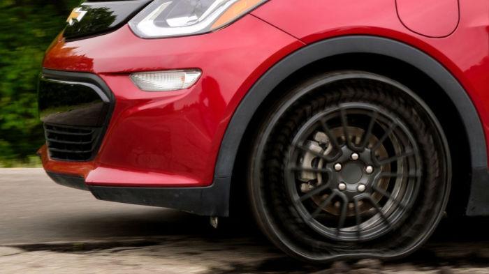 Инновационные луноходные колеса для автомобилей, которые нельзя проколоть