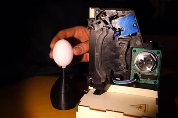 Яйца покрашенные лазером