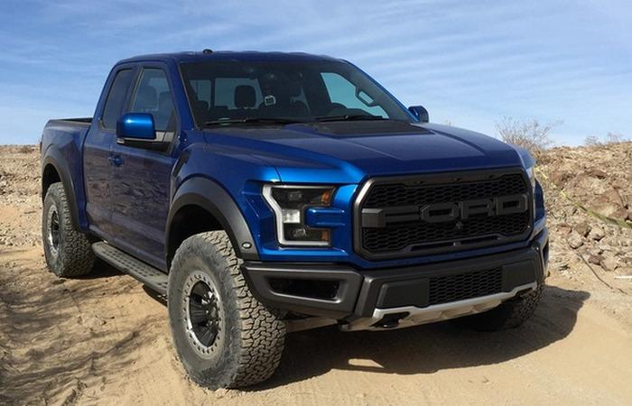«Виват, король!»: суперпроходимый Ford F 150 Raptor покоряет бездорожье