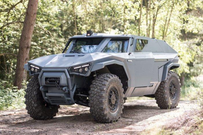 Компания Volvo представила броневик, который ездит боком