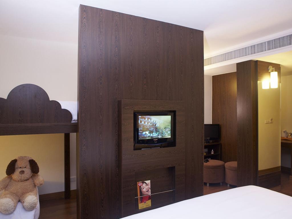 Ibis Phuket Patong 4* (Таиланд/Пхукет/Патонг Бич): фото и описание номеров, инфраструктура отеля, сервис и развлечения, отзывы туристов