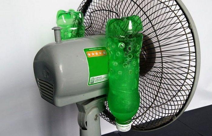Простейший кондиционер из вентилятора и пары бутылок, который под силу сделать и ребенку