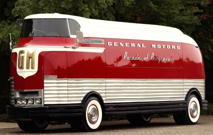 GM Futurliner - футуристический автобус из прошлого, который продали за 4 миллиона долларов