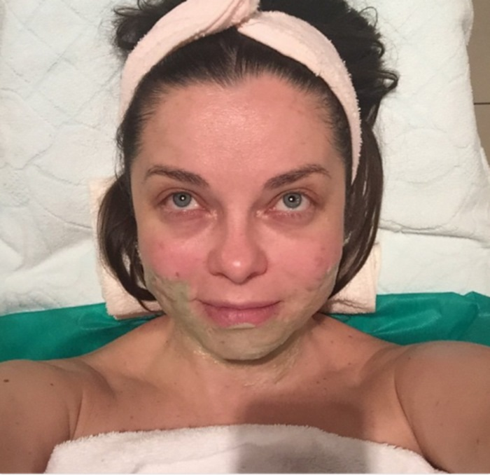 Наташа Королева раззадорила поклонников своим фото. Только взгляни, КАК она выглядит без макияжа!