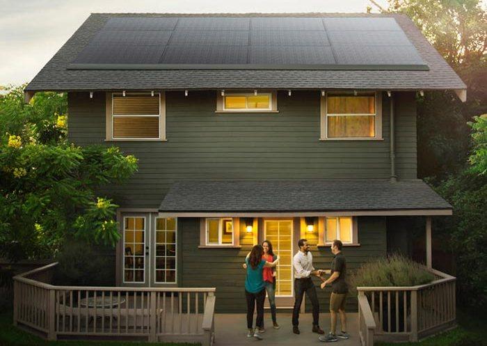Солнечные панели Tesla для дома, с которыми не придётся платить за свет