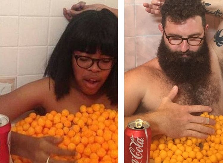 Какпрославиться винтернете, передразнивая фотографии изчужих профилей
