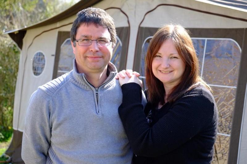 Супруги безособых навыков построили домза£50000, который теперь стоит £200000